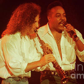 Gary Gingrich Galleries - Kenny G-Peabo Bryson-95-1376