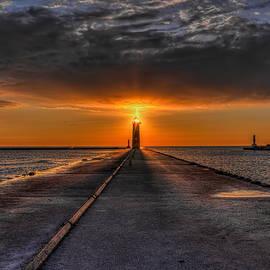 Kenosha Lighthouse Beacon by Dale Kauzlaric