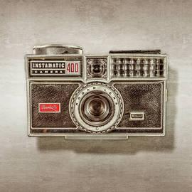 Kodak 400 Instamatic by YoPedro