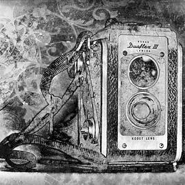 Jerri Moon Cantone - Kodak Duaflex