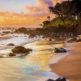 Inge Johnsson - Koki Beach Sunrise