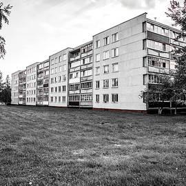 Kostsyukovichy Flats by Andy Crawford