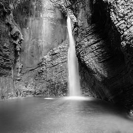 Nicola Simeoni - Kozjak waterfalls slovenia black and white