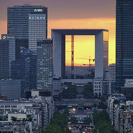 Nikolyn McDonald - La Defense - La Grande Arche - Paris