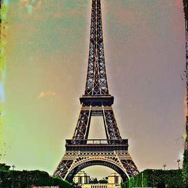 La Tour Eiffel by Christine Paris