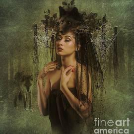 Ali Oppy - Lady dark wolf