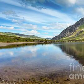 Adrian Evans - Lake in Snowdonia