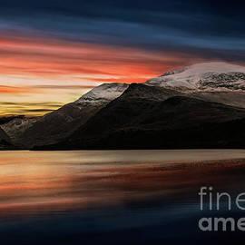 Adrian Evans - Lake Sunset Snowdonia