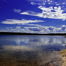 Miroslava Jurcik - Lake Wollumboola Memories