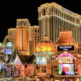 Mariola Bitner - Las Vegas Night Life