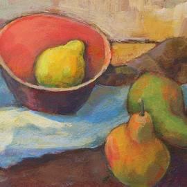 Lemon in the bowl.
