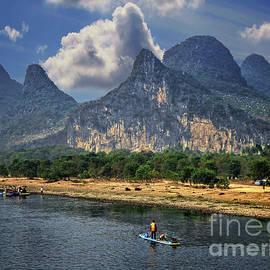 Lynn Bolt - Li River China
