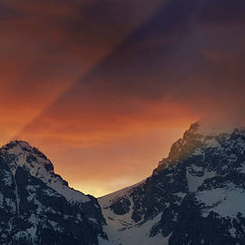 Light Rays Through The Tetons by Mike Berenson