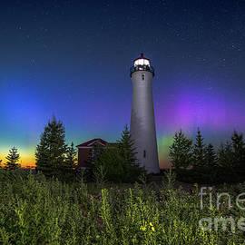 Norris Seward - Lighthouse Crisp Point Northern Lights -0384