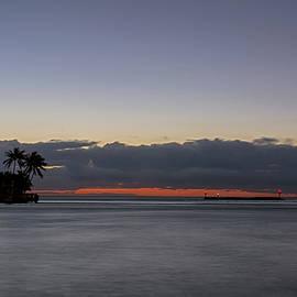 Lighthouse Point by Steve Lipson