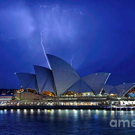 Lightning above The Opera House