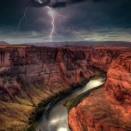 Mike Deutsch - Lightning Over Horseshoe Bend, Page Arizona