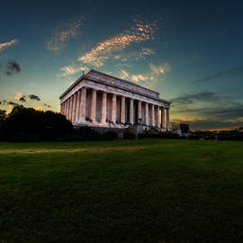 Lincoln Memorial At Dusk by Chris Bordeleau