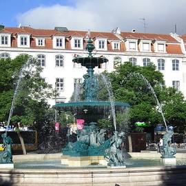 Lisbon Water Fountain Iv Portugal by John Shiron