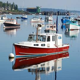 Bob Cuthbert - Lobster Boats docked in Bass Harbor in Tremont Maine, near Acadia National park