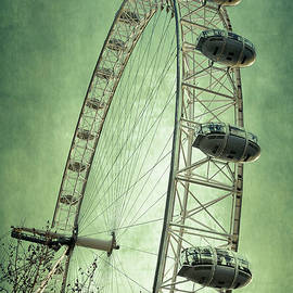 Joan Carroll - London Eye V