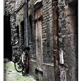 Joan  Minchak - Lone Bike in France