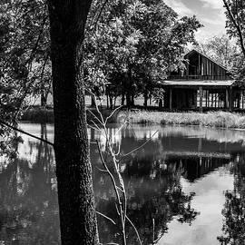 Lonely Barn by Ed Ostrander