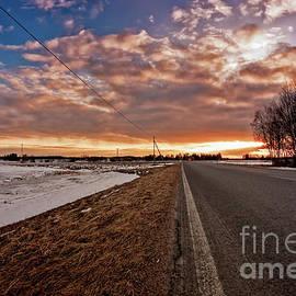 Jukka Heinovirta - Lonely Road To The Sunset