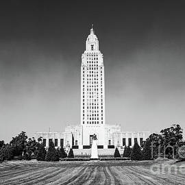 Scott Pellegrin - Louisiana State Capitol - BW