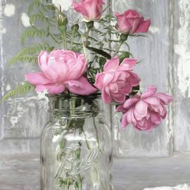 Lori Deiter - Love Blooms