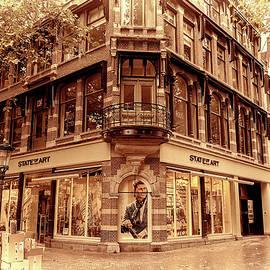 Youshij Yousefzadeh - Lovely Utrecht