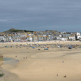Low Tide in St Ives by Andrew Wilson