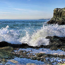 Jennie Breeze - Low Tide Table Rock.Laguna Beach
