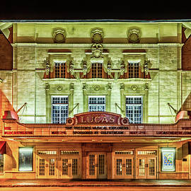 Gestalt Imagery - Lucas Theatre Savannah