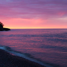 Lutsen Sunrise by Connie Kendall