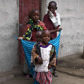 Sally Weigand - Maasai children