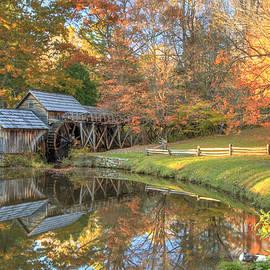 Mabry Mill. Blue Ridge Parkway by Doug McPherson