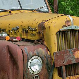 Mack Truck by Jurgen Lorenzen