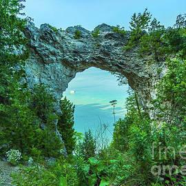 Norris Seward - Mackinac Island Arch Rock -2802