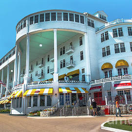 Norris Seward - Mackinac Island Grand Hotel -2661