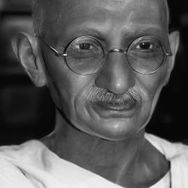 Miroslava Jurcik -  Mahatma Gandhi