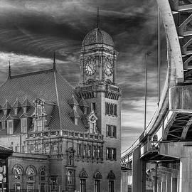 Main Street Station Nw B W by Jemmy Archer
