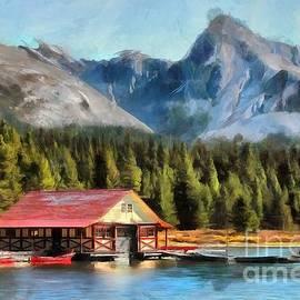 Eva Lechner - Maligne Lake Boathouse