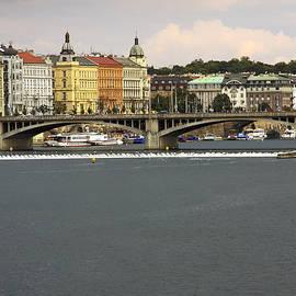 Sally Weigand - Manes Bridge Prague