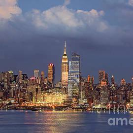 Regina Geoghan - Manhattan Sundown and Twilight Skies