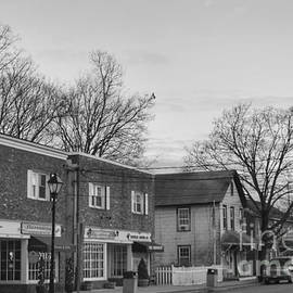 Manor And Newark Pompton Turnpike 2018 by Christopher Lotito
