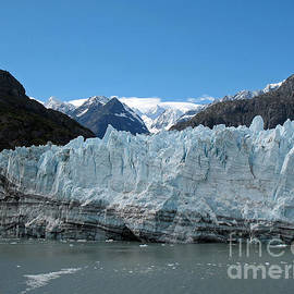 Connie Fox - Margerie Glacier and Mount Fairweather