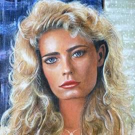 Marianne Gravatte color portrait