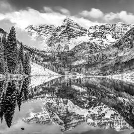 Gregory Ballos - Maroon Bells - Aspen Colorado - Black-White - American Southwest 1x1