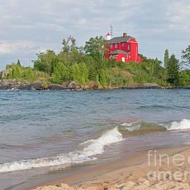 Marquette Harbor Lighthouse by Ann Horn